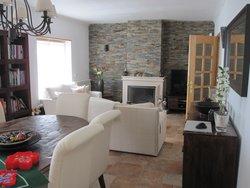 4 Bedroom Villa Cadaval, Silver Coast Ref :AV2111