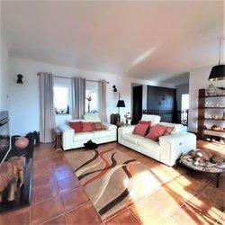 3 Bedroom Villa Sao Martinho do Porto, Silver Coast Ref :AV2115