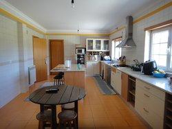 3 Bedroom Villa Caldas da Rainha, Silver Coast Ref :AV2116