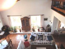 5 Bedroom Villa Tornada, Silver Coast Ref :AV2119