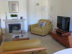 3 Bedroom Apartment Cascais, Lisbon Ref :ASA206