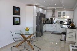 4 Bedroom Villa Lagos, Western Algarve Ref :GV623