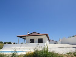 3 Bedroom Villa Alfeizerao, Silver Coast Ref :AV2123