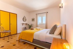 6 Bedroom Villa Budens, Western Algarve Ref :GV630