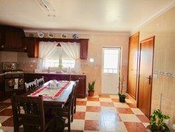 5 Bedroom Villa Alcobaca, Silver Coast Ref :AV2126