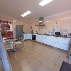 3 Bedroom Villa Caldas da Rainha, Silver Coast Ref :AV2129