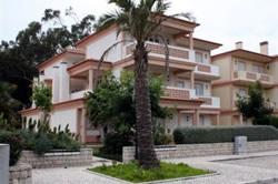 2 Bedroom Apartment Obidos, Silver Coast Ref :AA149