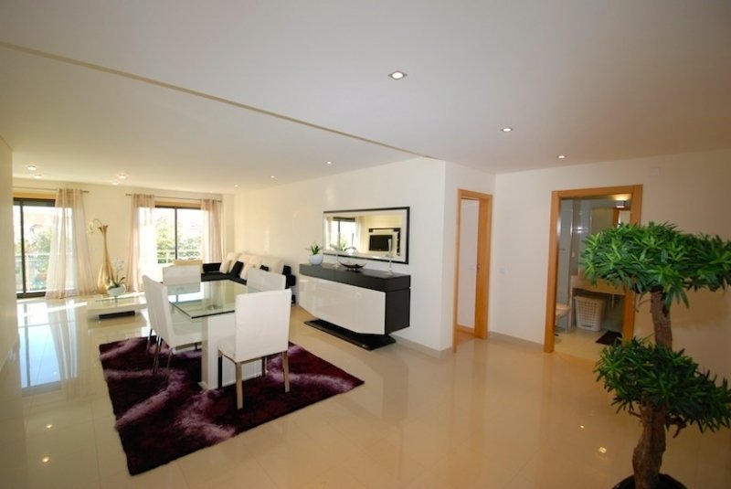 3 Bedroom Apartment Sao Martinho do Porto, Silver Coast Ref: AA225