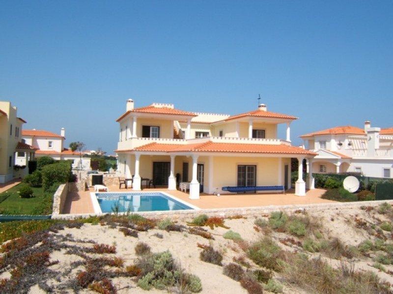 4 Bedroom Villa Obidos, Silver Coast Ref: AV1307