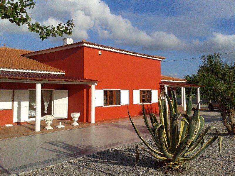 6 Bedroom Villa Sao Martinho do Porto, Silver Coast Ref: AV1534