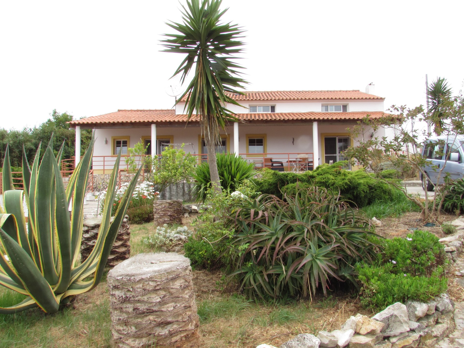 3 Bedroom Villa Tornada, Silver Coast Ref: AV1063