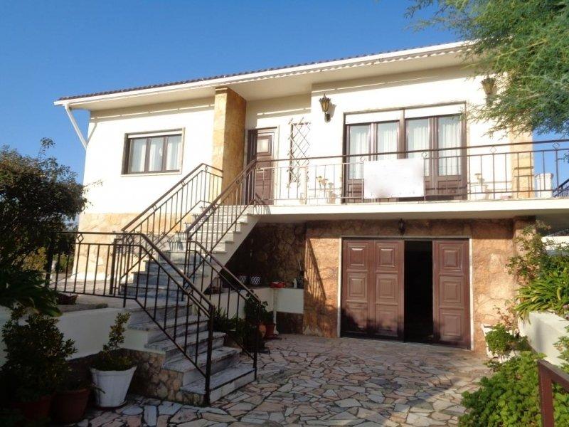 3 Bedroom Villa Obidos, Silver Coast Ref: AV1646