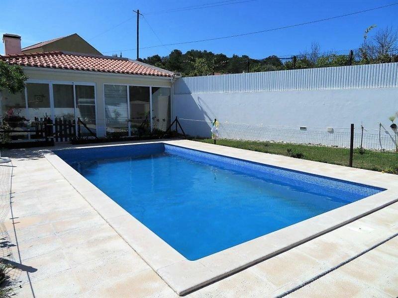 3 Bedroom Villa Foz do Arelho, Silver Coast Ref: AV1765