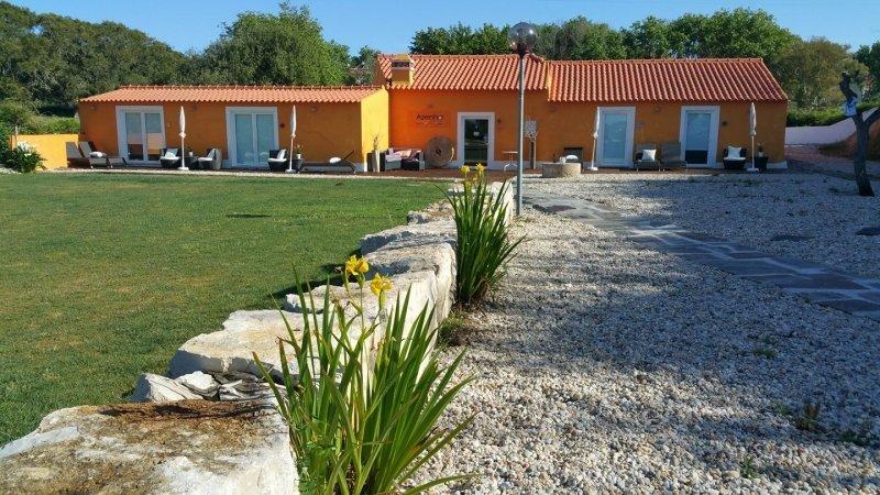 4 Bedroom Villa Foz do Arelho, Silver Coast Ref: AV1800