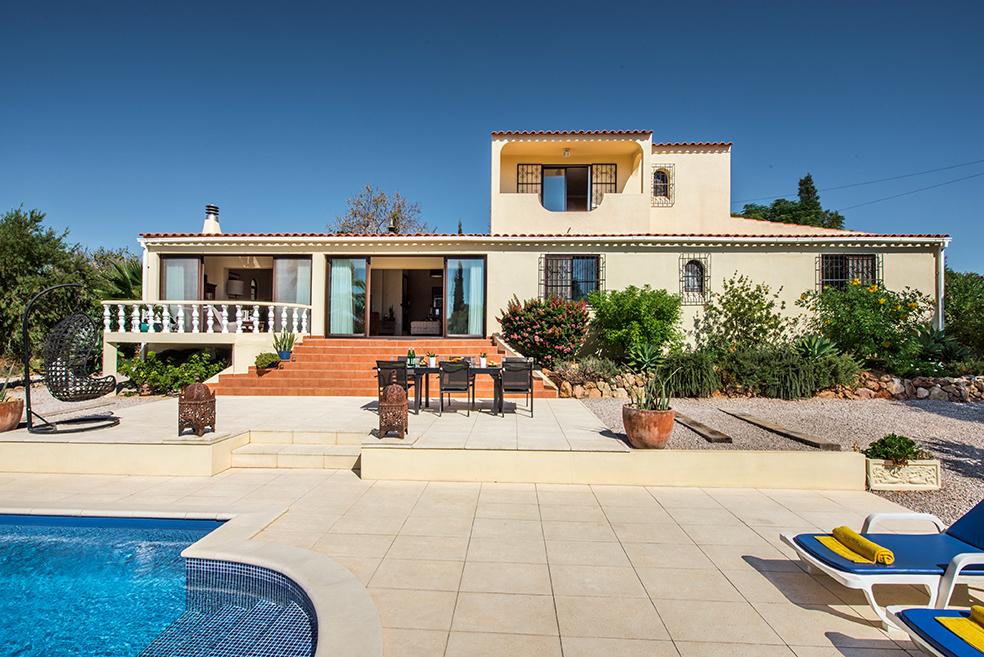 3 Bedroom Villa Olhao, Eastern Algarve Ref: JV10241