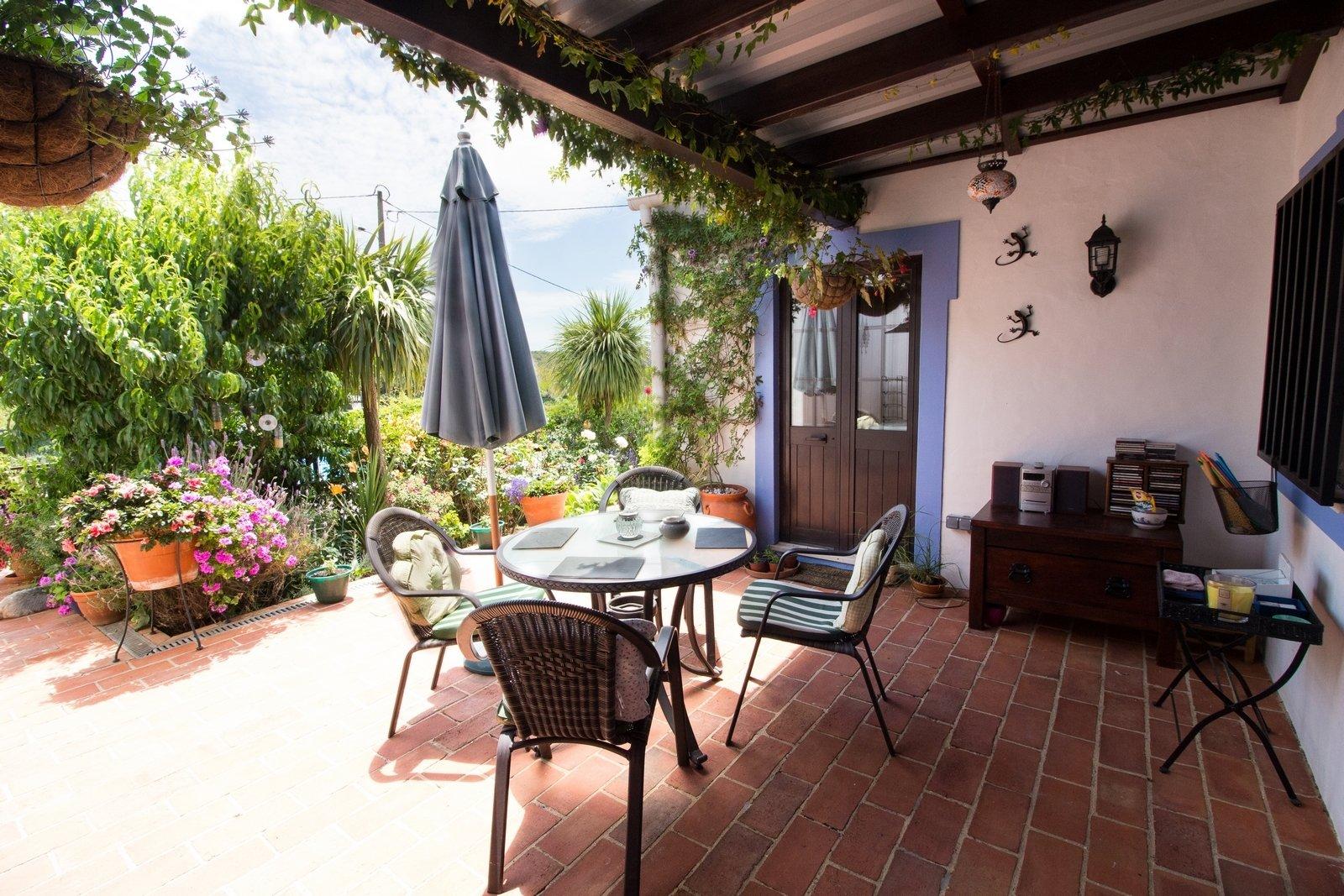 4 Bedroom Villa Loule, Central Algarve Ref: PV3369