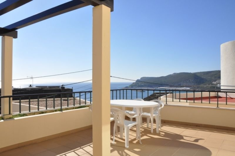 1 Bedroom Apartment Sesimbra, Blue Coast Ref: AA345