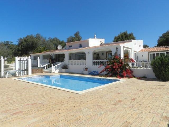 3 Bedroom Villa Lagos, Western Algarve Ref: GV449