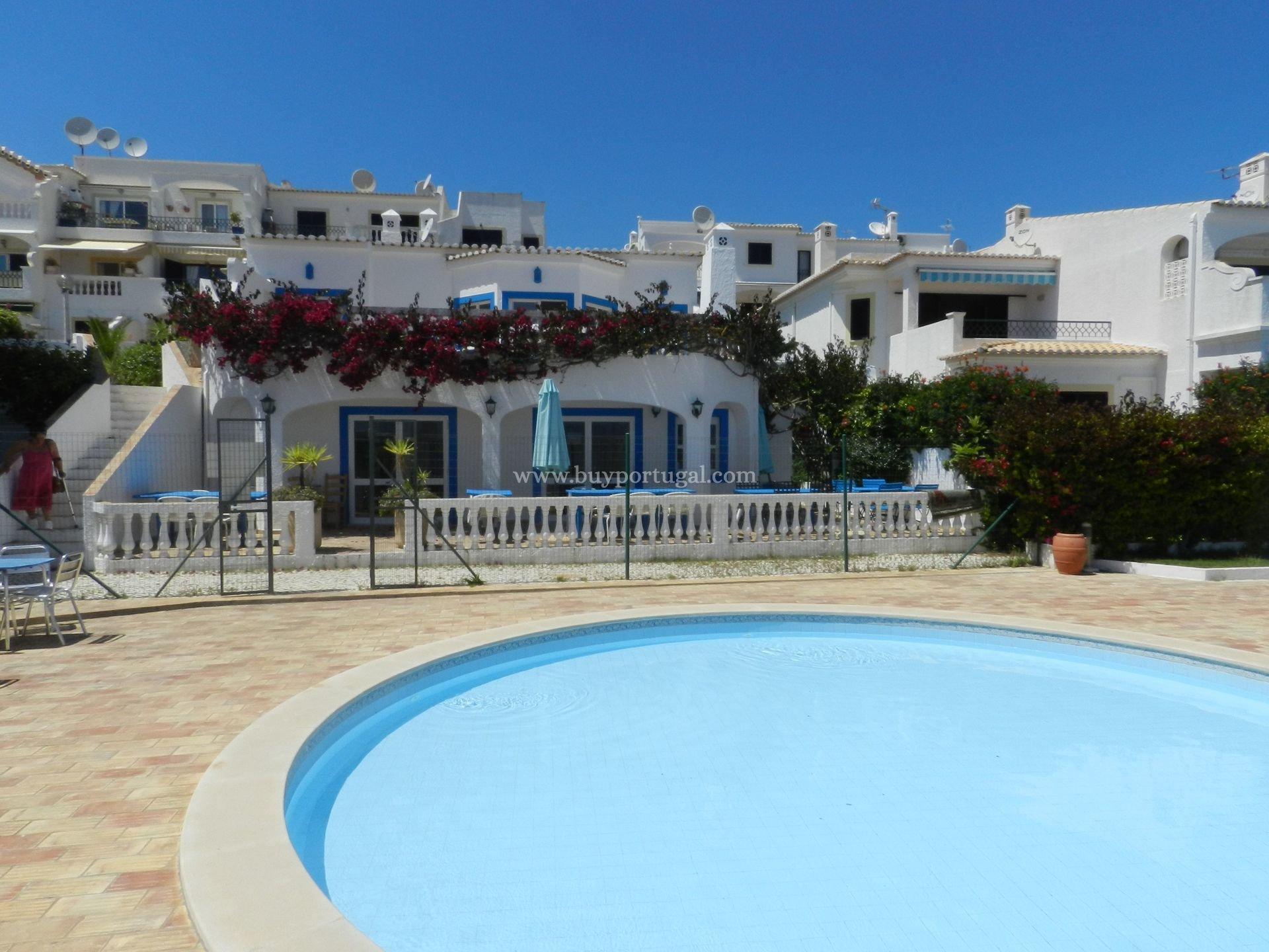 2 Bedroom Apartment Lagos, Western Algarve Ref: GA240