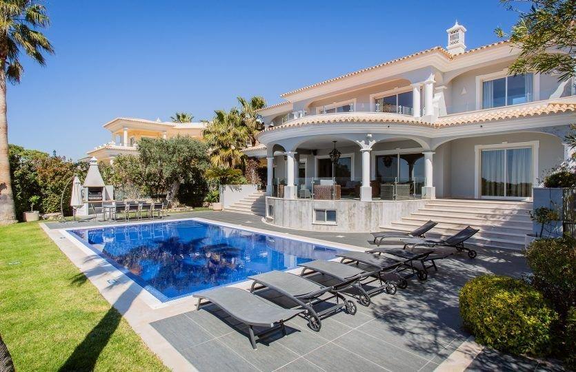 4 Bedroom Villa Vale do Lobo, Central Algarve Ref: MV21279