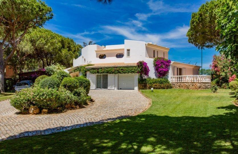 4 Bedroom Villa Quinta Do Lago, Central Algarve Ref: MV21109