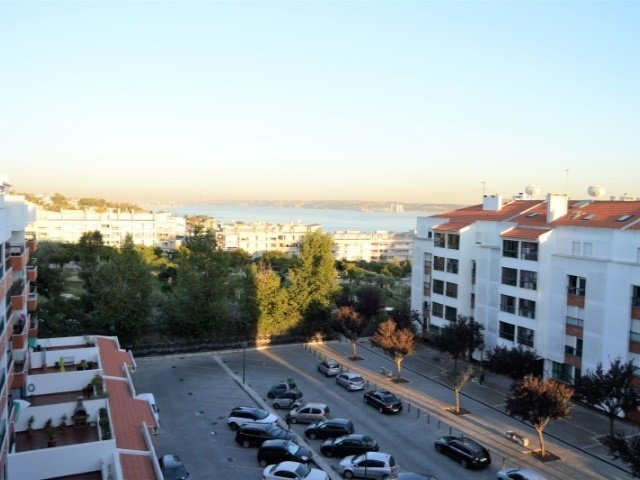 3 Bedroom Apartment Lisbon, Lisbon Ref: AAM105