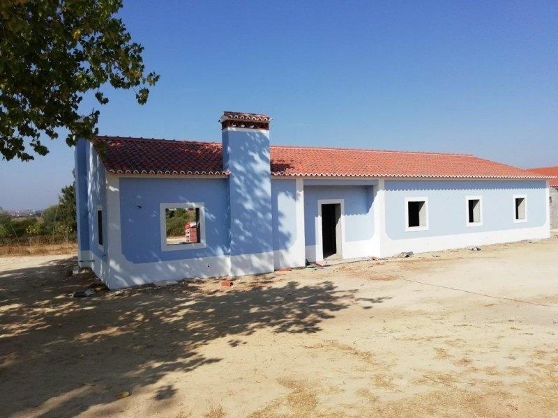3 Bedroom Villa Rio Maior, Silver Coast Ref: AV1918
