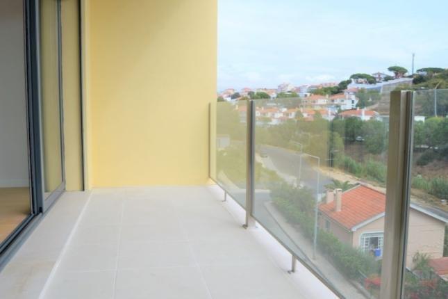3 Bedroom Apartment Cascais, Lisbon Ref: AAM115