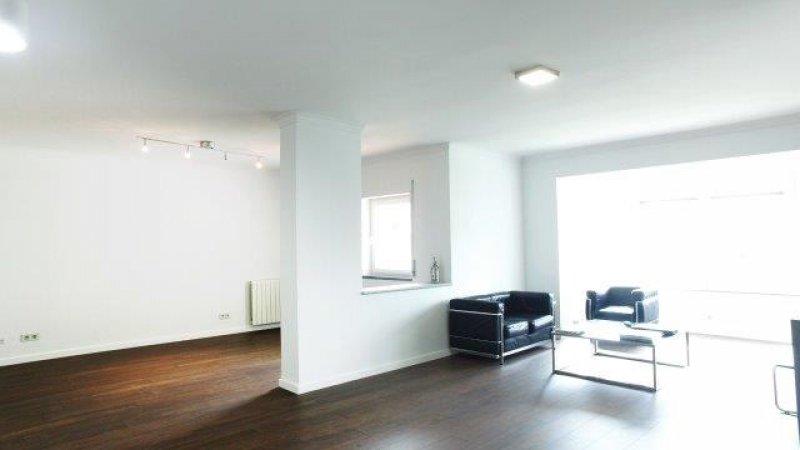 5 Bedroom Apartment Cascais, Lisbon Ref: AA350