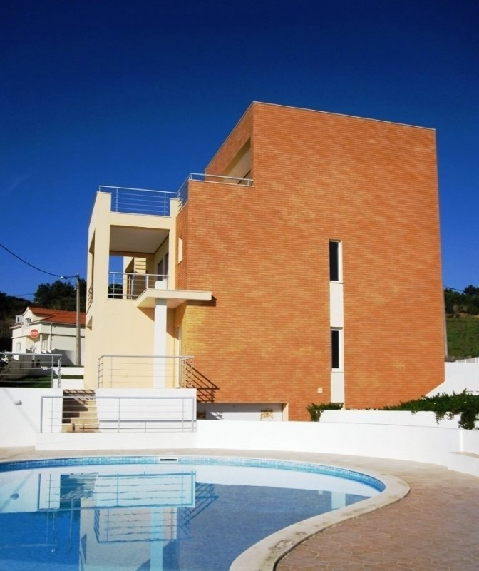 3 Bedroom Villa Foz do Arelho, Silver Coast Ref: AV1316