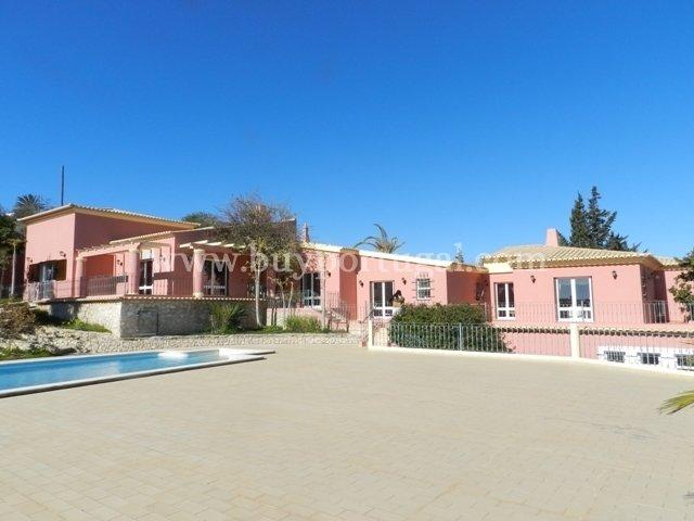 6 Bedroom Villa Lagos, Western Algarve Ref: GV528
