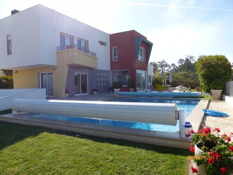 4 Bedroom Villa Foz do Arelho, Silver Coast Ref: AV1931