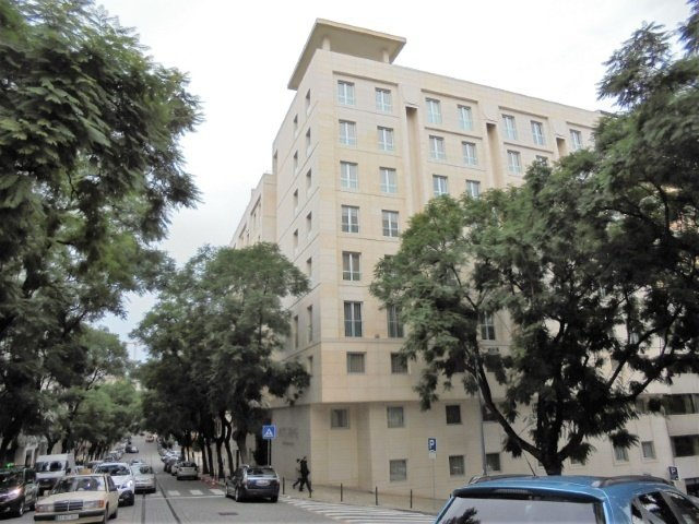 1 Bedroom Apartment Lisbon, Lisbon Ref: AAM124