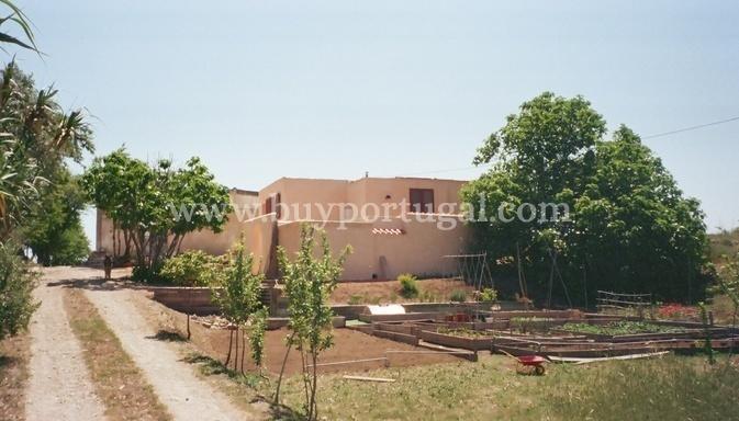 2 Bedroom Villa Lagos, Western Algarve Ref: GV530