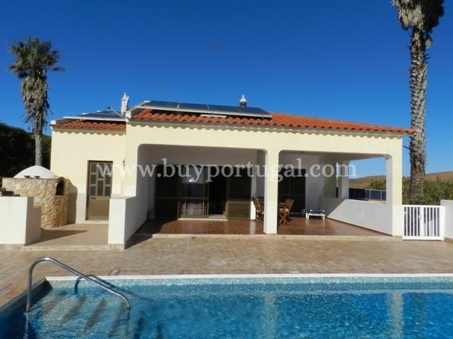 3 Bedroom Villa Sagres, Western Algarve Ref: GV517