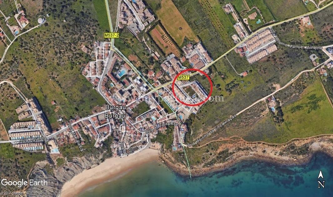 3 Bedroom Villa Burgau, Western Algarve Ref: GV497
