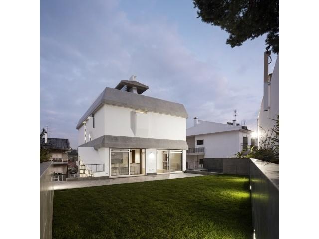 5 Bedroom Villa Lisbon, Lisbon Ref: AVM148