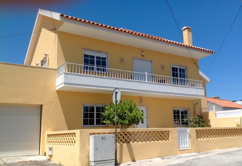 3 Bedroom Villa Foz do Arelho, Silver Coast Ref: AV1948