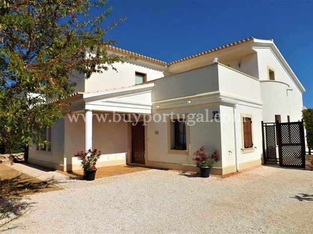 4 Bedroom Villa Vila do Bispo, Western Algarve Ref: GV557