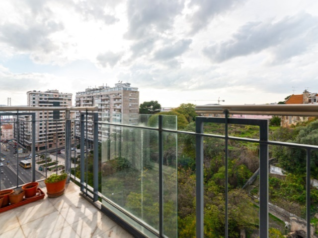 3 Bedroom Apartment Lisbon, Lisbon Ref: AAM157