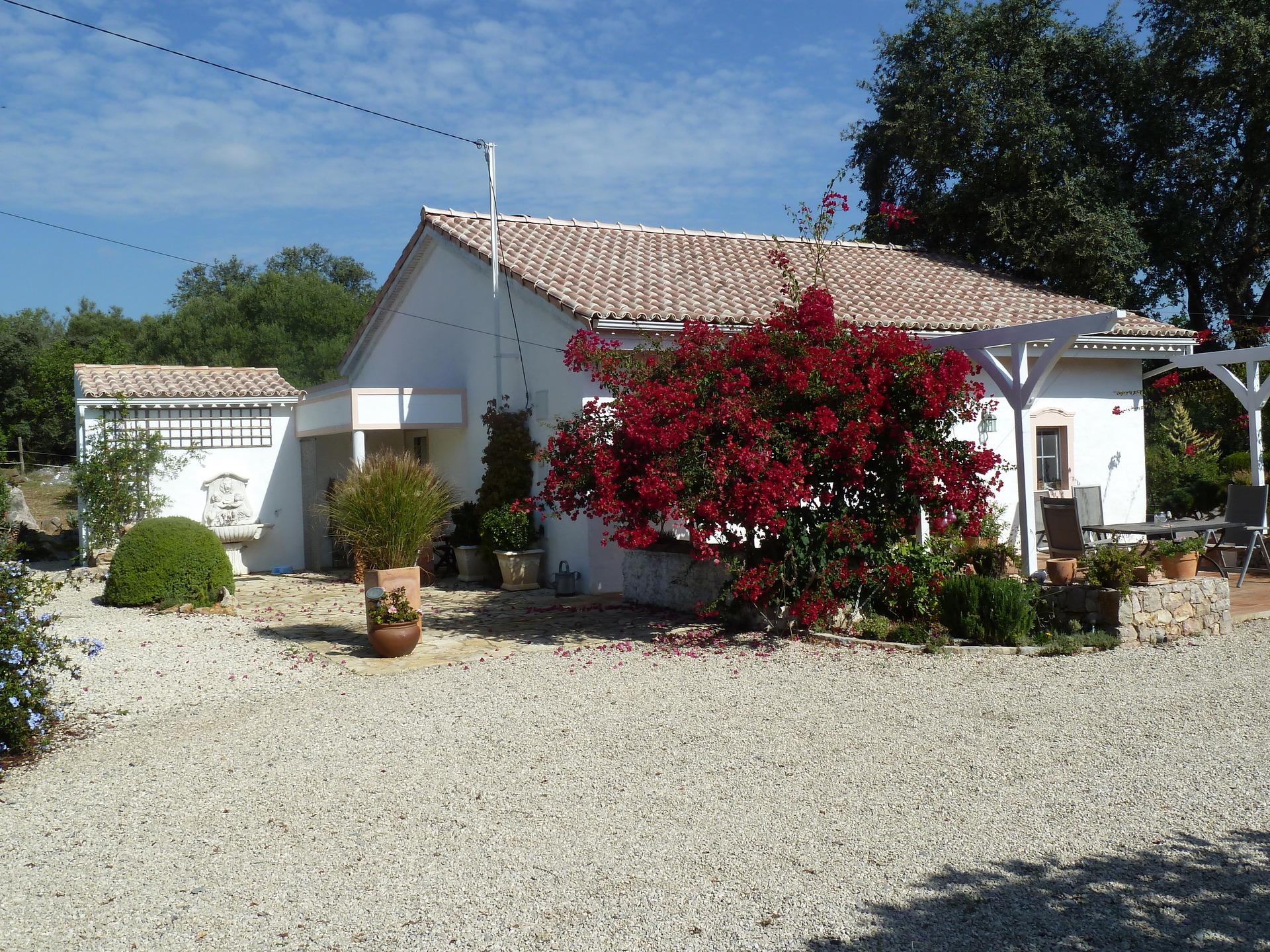 4 Bedroom House Sao Bras de Alportel, Central Algarve Ref: JV10329
