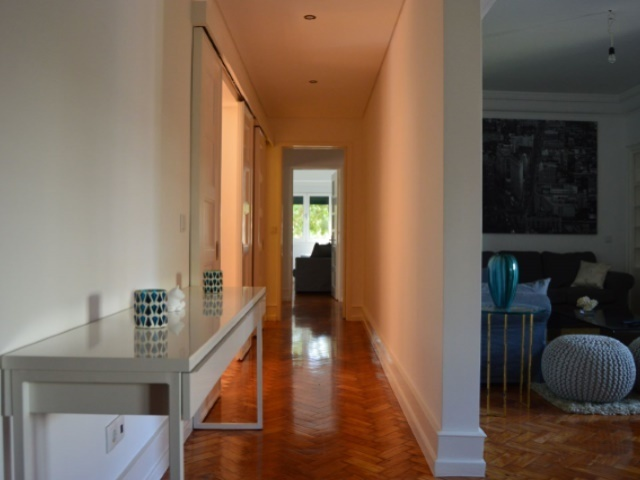 4 Bedroom Apartment Lisbon, Lisbon Ref: AAM163