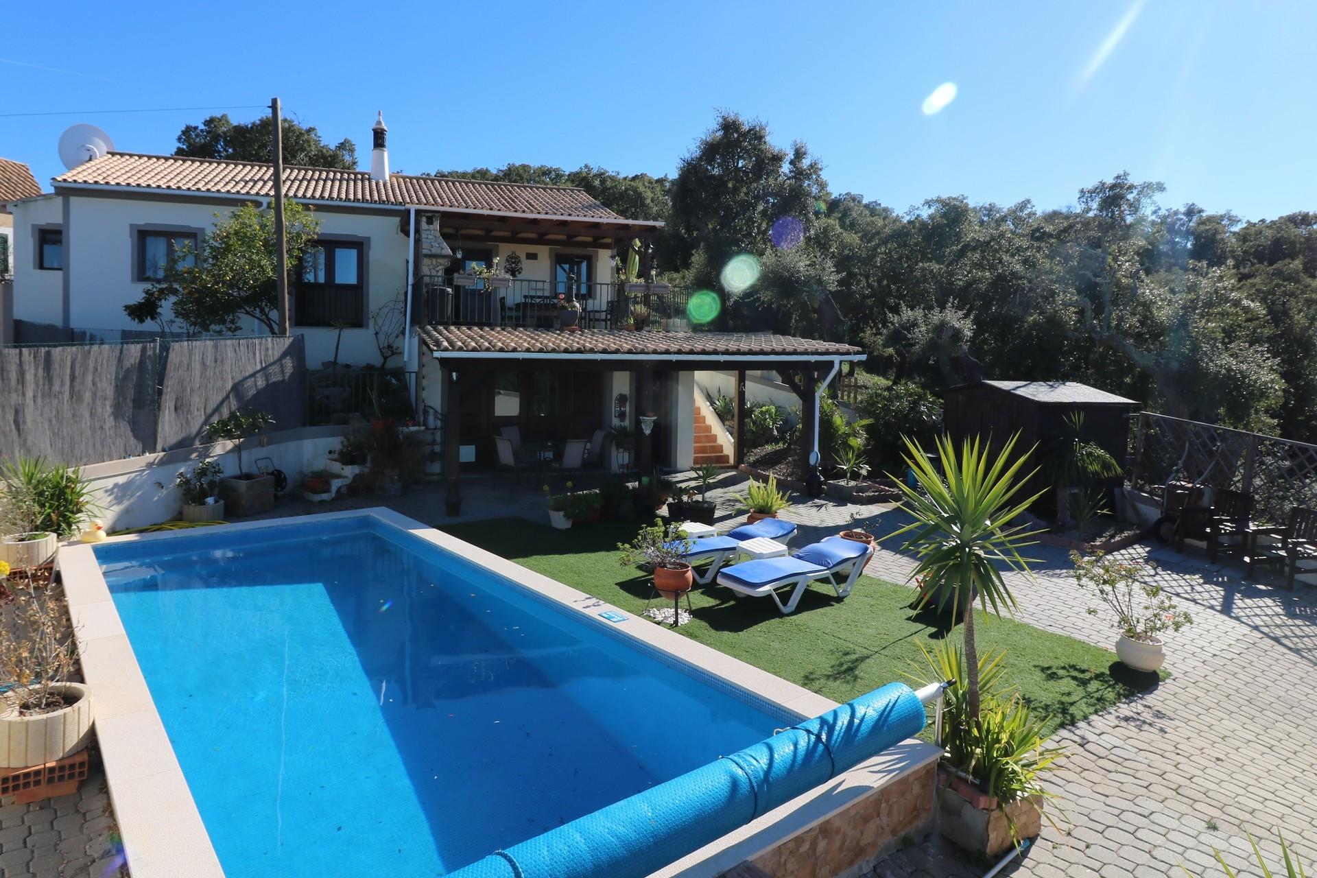 4 Bedroom Villa Sao Bras de Alportel, Central Algarve Ref: JV10334