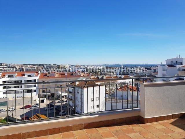 3 Bedroom Apartment Lagos, Western Algarve Ref: GA346