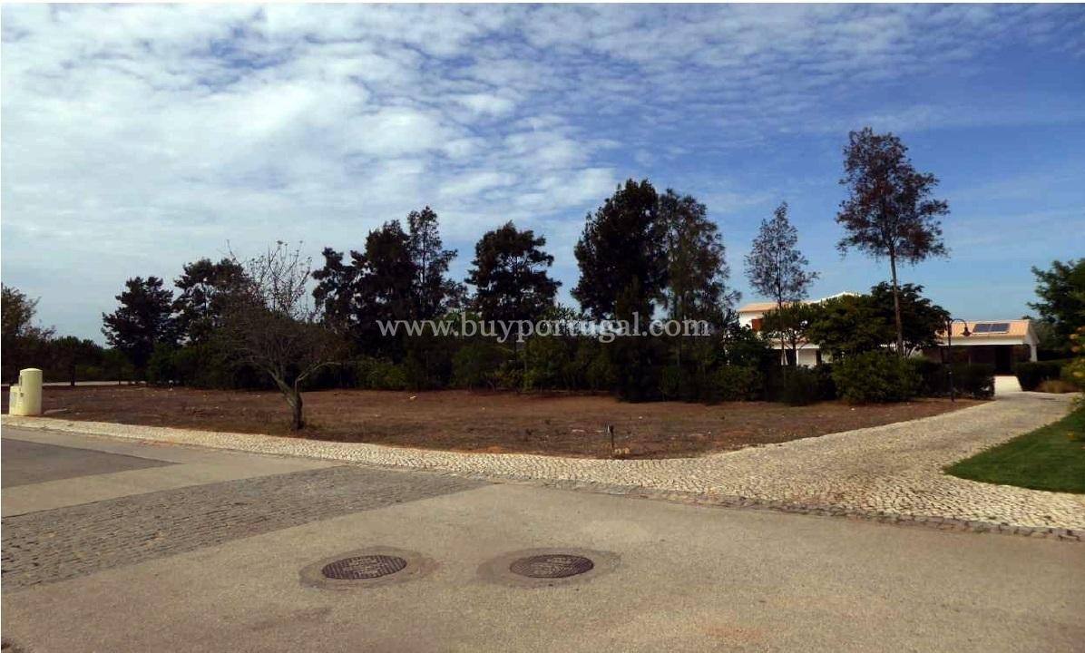 4 Bedroom Plot Vila do Bispo, Western Algarve Ref: GP053