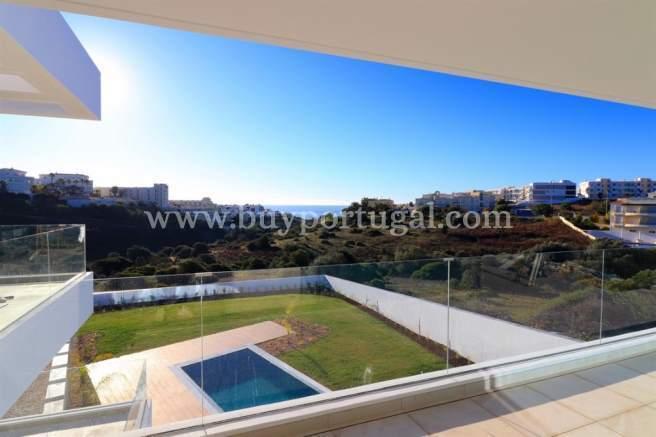 3 Bedroom Villa Lagos, Western Algarve Ref: GV556