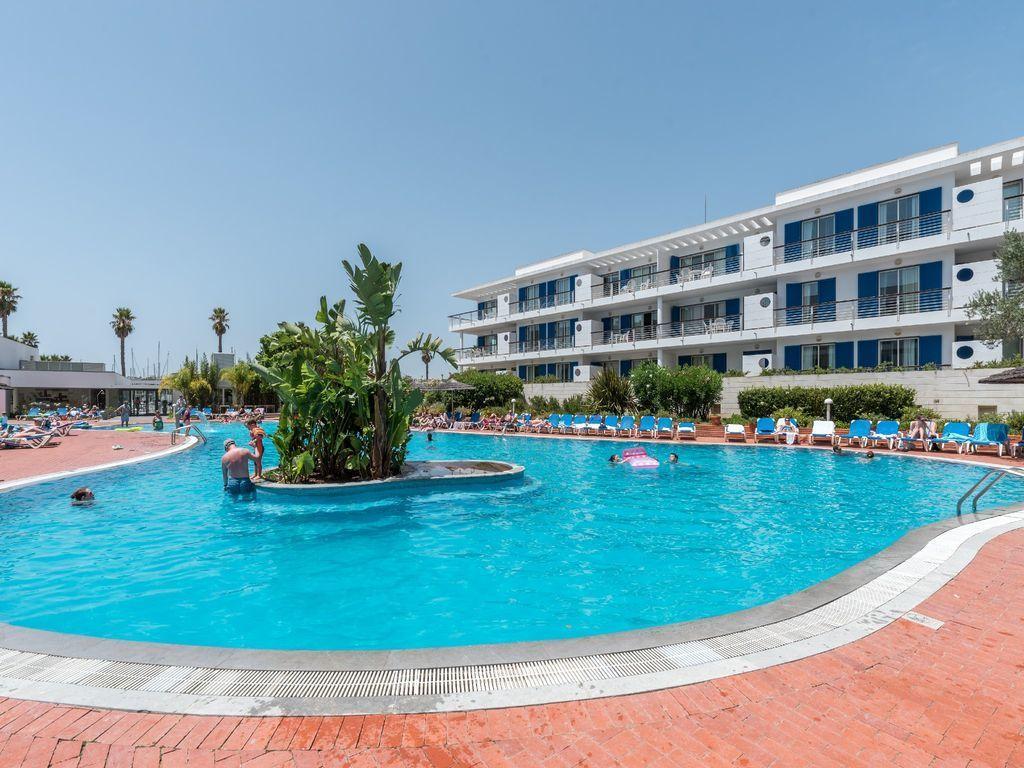 2 Bedroom Apartment Lagos, Western Algarve Ref: GA356