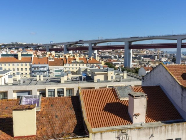 4 Bedroom House Lisbon, Lisbon Ref: AVM165
