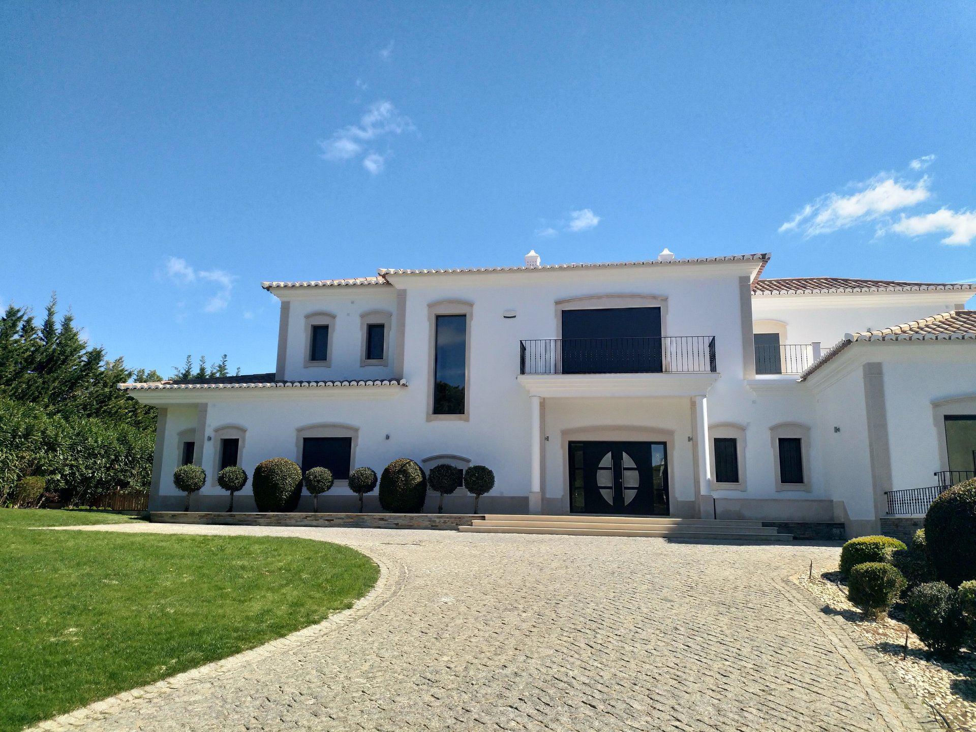 7 Bedroom Villa Quinta Do Lago, Central Algarve Ref: MV22473