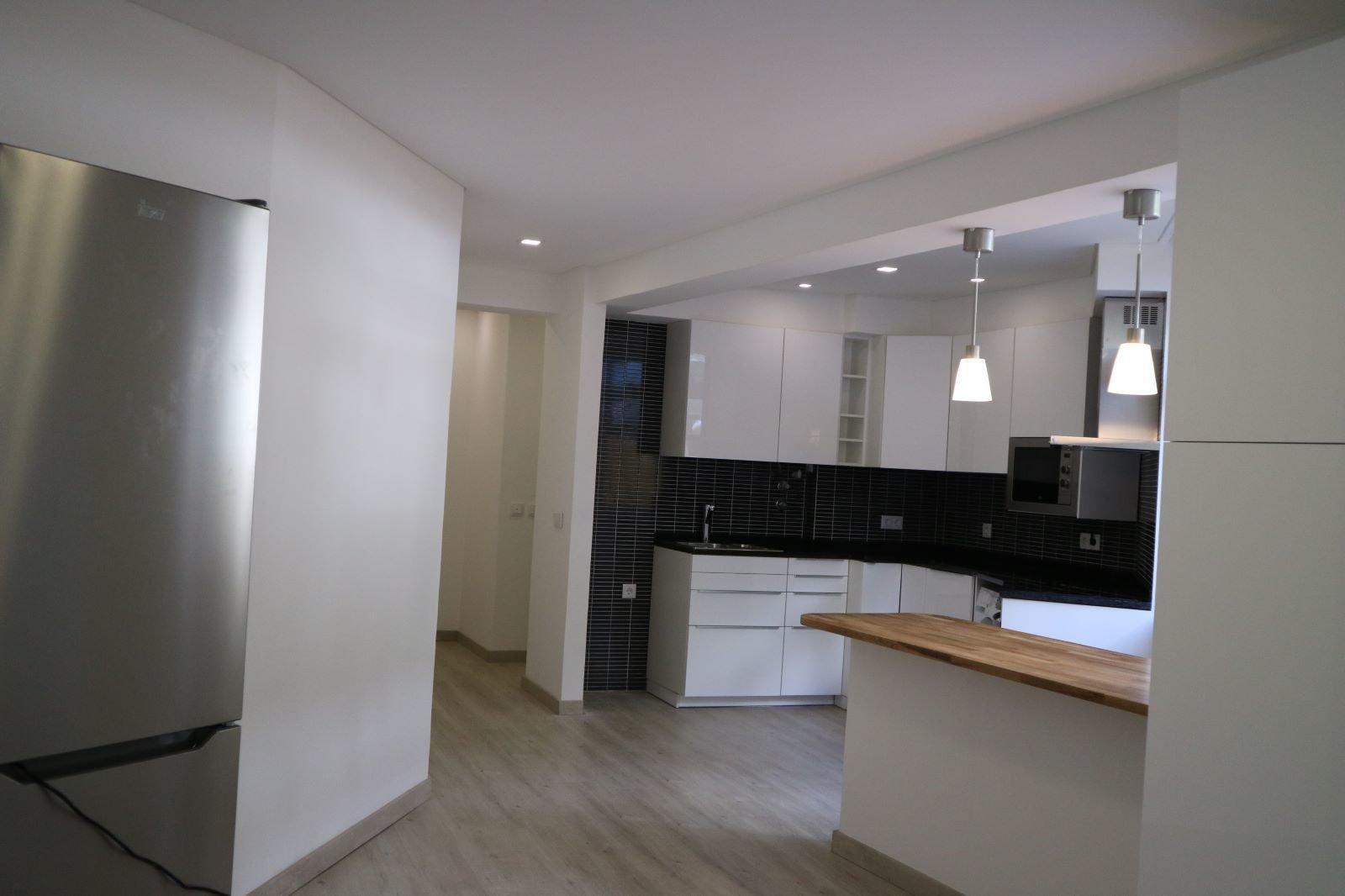 1 Bedroom Apartment Cascais, Lisbon Ref: AAI310